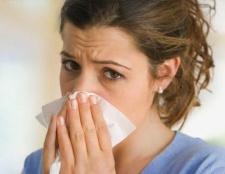 Алергічний риніт - лікування необхідно, самолікування небезпечно!