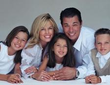Що дають за третю дитину? Заходи державної підтримки багатодітним сім'ям