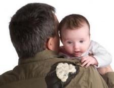Якщо у дитини блювота, що робити батькам?