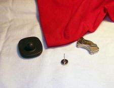 Якщо ви не знаєте, як зняти магніт з одягу, ця стаття допоможе вам