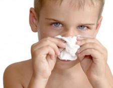 Як лікувати зелені соплі у дитини?