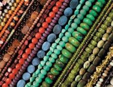 Як плести браслети з бісеру: схеми плетіння для початківців