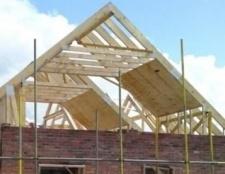Як кроквяна система впливає на будівництво будинку?