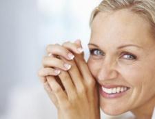 Як прибрати зморшки навколо очей? Крем, маски від зморшок навколо очей: відгуки