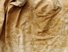 Як прибрати іржу з одягу: ефективні способи
