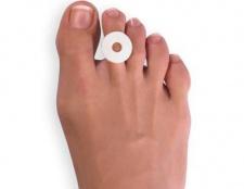 Як вивести сухі мозолі на пальцях ніг?