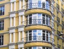 Класичні і сучасні французькі балкони