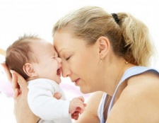 Кольки у новонароджених: що робити? Ніж лікувати коліки у новонароджених? Масаж при кольках