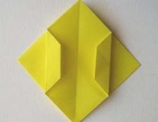 """Майстер-класи зі створення орігамі """"тюльпан"""""""
