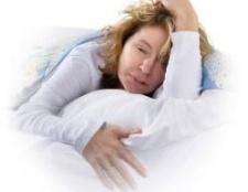 Чому потіє голова уві сні у дорослих і дітей?