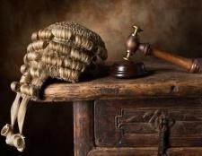 Поняття та ознаки права. Зв'язок держави і права