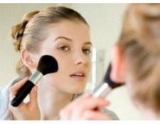 Правильний макіяж для круглого особи