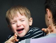 Дитина боїться дітей в садку, що робити?