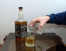 З чим пити віскі, щоб не перебити смак напою?