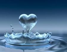 Лужна мінеральна вода - пийте на здоров'я!