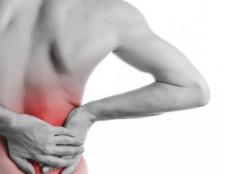 Тягнуть болі в попереку: причини і лікування
