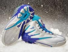 Зимові кросівки reebok: холод спорту не завада