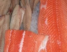 Чи знаєте ви, скільки калорій в рибі? Мало, але не у всій